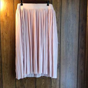 NWT torrid midi skirt